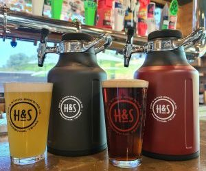 Hop & Sting Brewery Launches Hop & Sting Growler Club